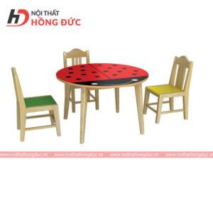 Bàn ghế mầm non gỗ ghép thanh HMN01L